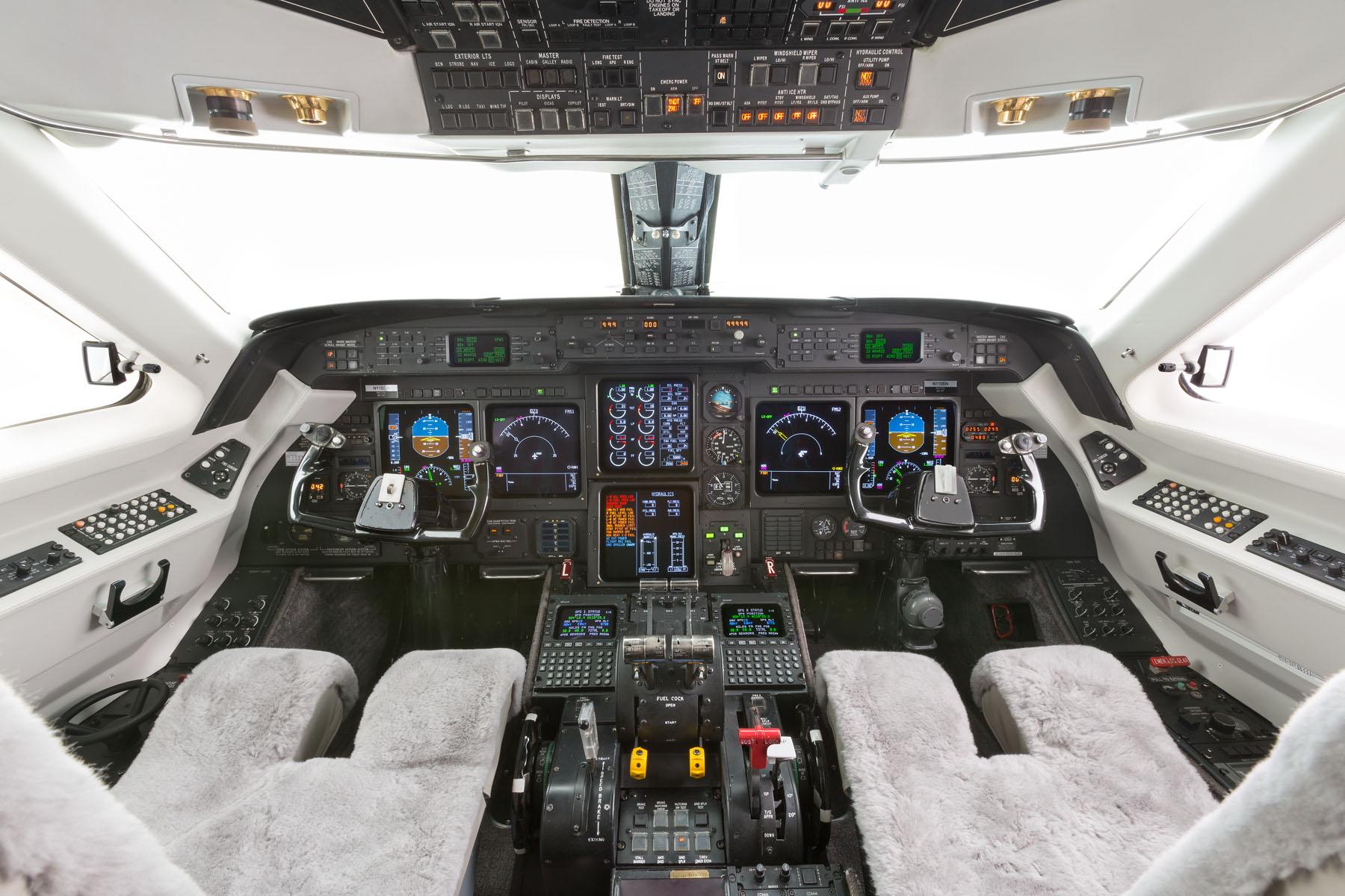 Gulfstream Giv Sp N110sn Jet Clay Lacy Aviation