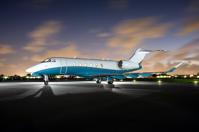 Challenger 350 private jet cost per hour