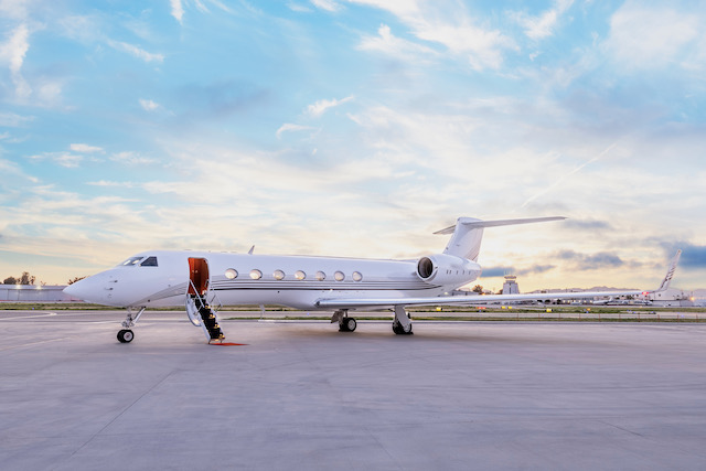 charter revenue with clay lacy aviation aircraft management